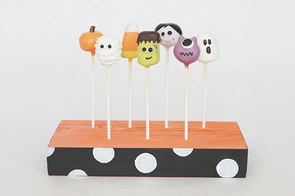 Halloween Cake Pops and Pop Stands